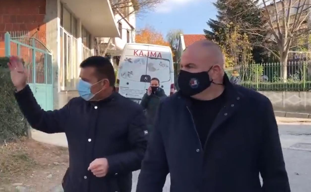 Bashkia: Fillon rehabilitimi i rrugës në lagjen 1 pranë 'Shote Galicës'