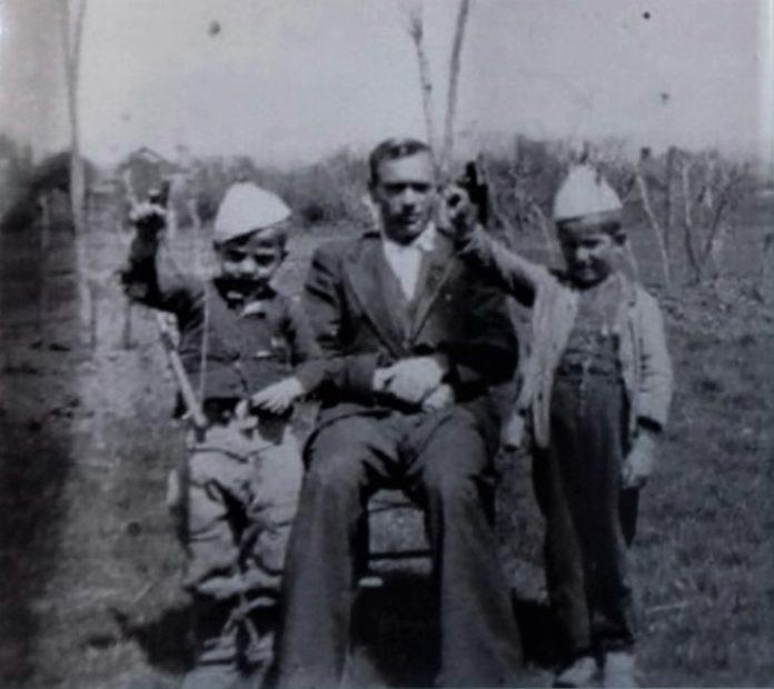 Mësuesi Rrahman Palushi, një nga fanarët e parë lumjan në rrethinën e Ferizajt