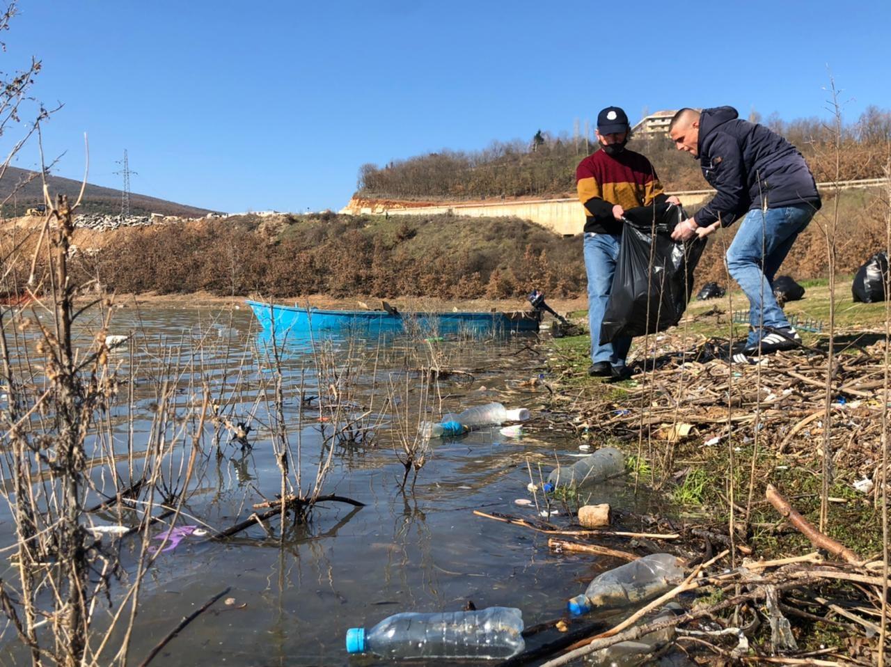 Liqeni i ndotur, KESh dhe Bashkia nisin pastrimin
