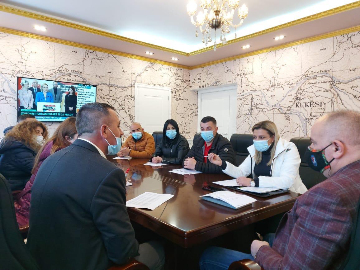 Kreu i IKMT, Dallëndyshe Bici, nis nga Kukësi takimet me pushtetin vendor