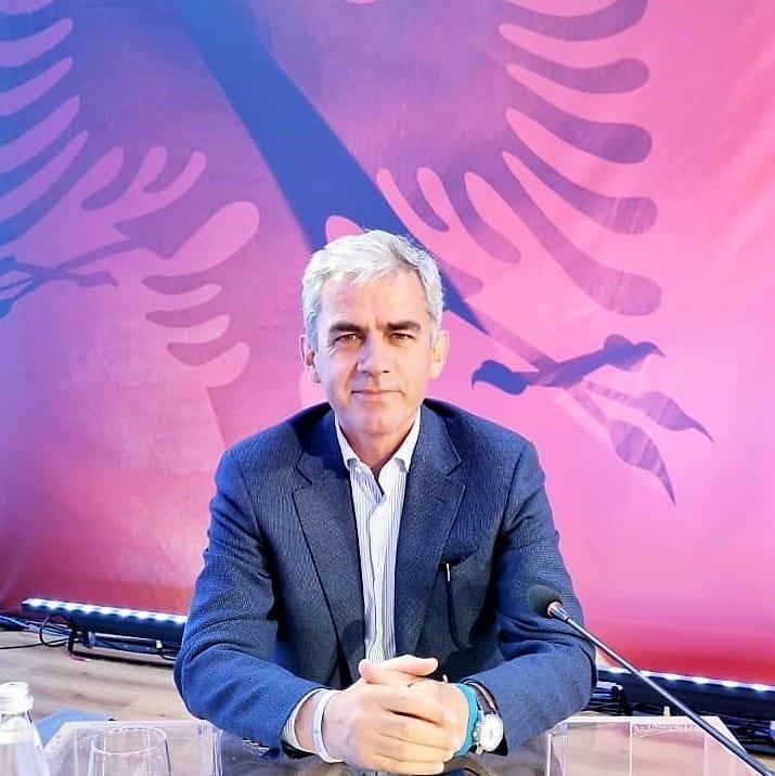 Unë do të luftoj me ju-Nga Flamur Hoxha