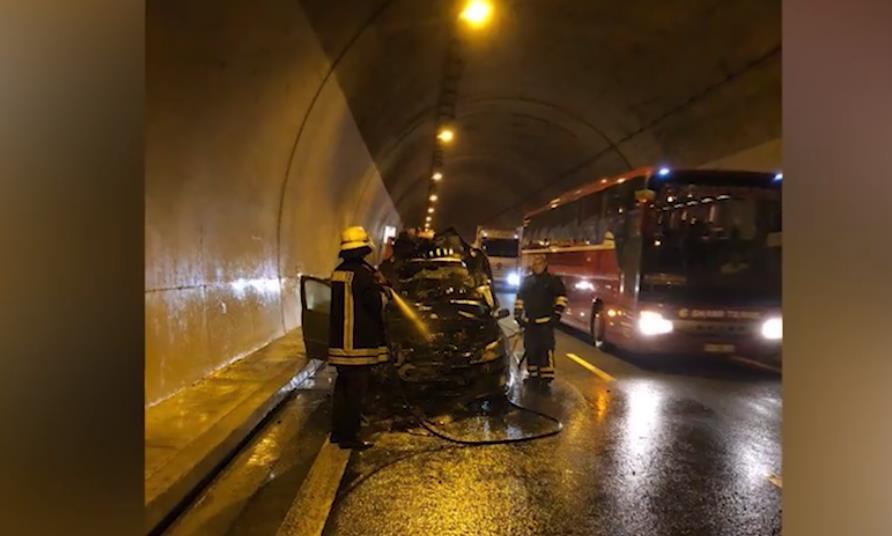 VIDEO/ Digjet makina në tunelin e Kalimashit, trafik në Rrugën e Kombit