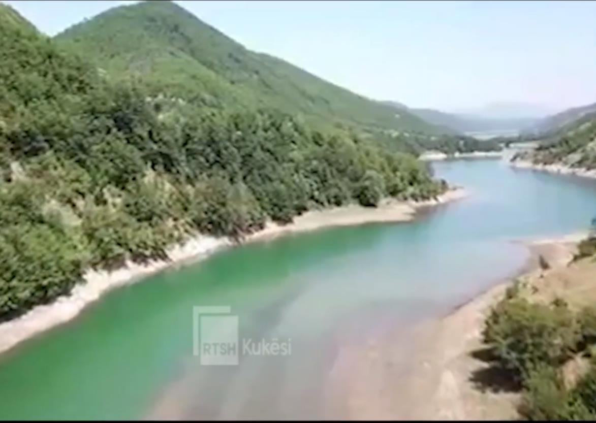 VIDEO/ Banorët e Malziut në Kukës festojnë 1 korrikun, 'Festën e Rrunës'
